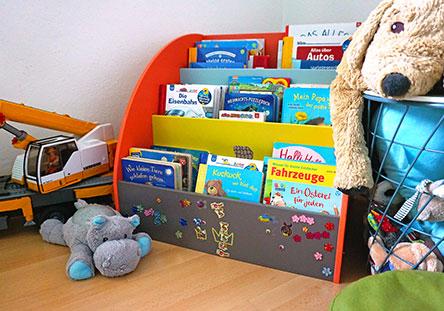 Fahrbares Bücherregal von Labebe